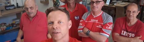 Una maglietta rossa nelle comunità Emmaus d'Italia. Per non dimenticare, per restare umani